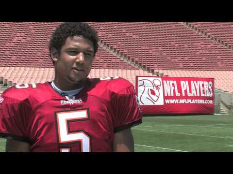 Upper Deck Interviews Josh Freeman, NFL No. 17 Draft Pick