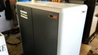 tehnogama polovan vijčani kompresor atlas copco ga 22plus ff