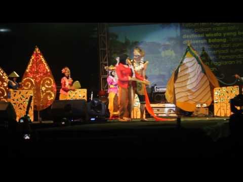 Pertunjukan Seni dan Budaya Jawa Tengah Gebyar Nusantara 2016 ( Genus IPB ) Imapeka IPB part 1