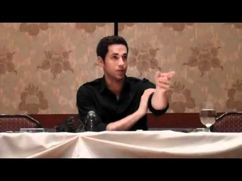 Zachary Levi Tangled Smolder