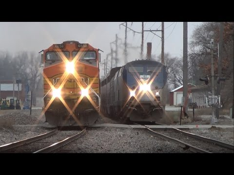 Thumbnail: The most EPIC train race you'll ever see! Amtrak vs. BNSF in Ottumwa, IA 12/9/14