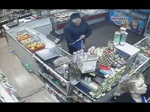 Кража в магазине в Охе