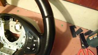 перетянутые рули KIA CEED/Hyundai Santa Fe/skoda octavia(Видео перетянутых рулей кожзамом .выложил одним видео как реклама себя и показать как выглядят рули до..., 2016-03-29T17:15:53.000Z)