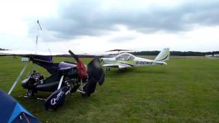 Camping by the plane at Blois onzain dugny