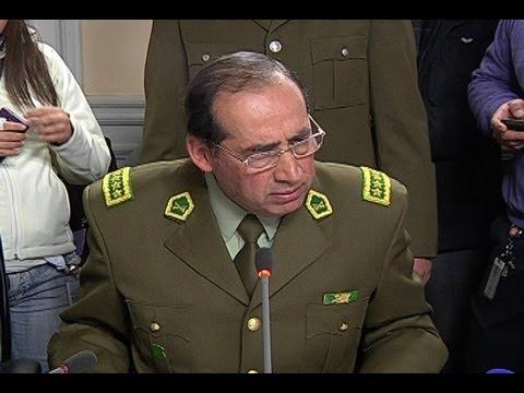 General Director de Carabineros defendió procedimientos policiales ante comisión investigadora