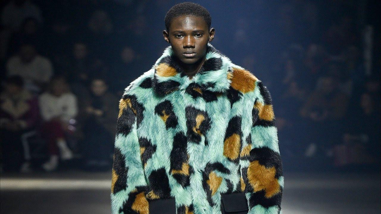 d467d5731 Kenzo | Fall/Winter 2018/19 | Menswear | Paris Fashion Week - YouTube