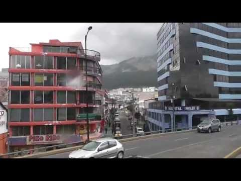 Quito bus tour