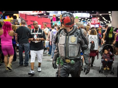 Adam Savage Incognito in Judge Dredd Cosplay!
