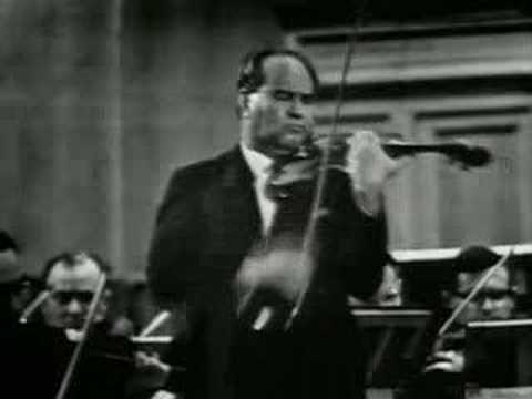 David Oistrakh plays Tchaikovsky Concerto (1st Mov.) Part 2