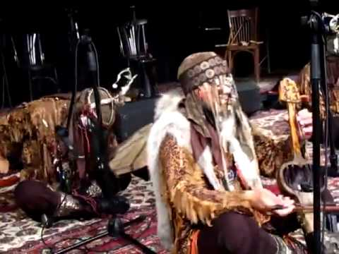 Türk Kam(Şaman) Ayini [Kopuz, Iklığ, Davul)] - Turan Ensemble