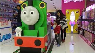 Indoor Playground Fun for Kids Giant Thomas and friends Shoping Toys Xavi ABCKids #indoorplayground