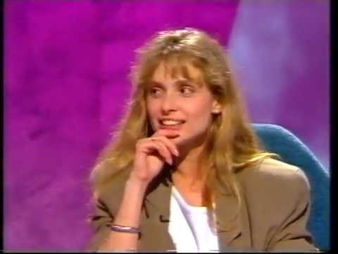 BOND Girl Maryam D'Abo 1990 UK TV Interview