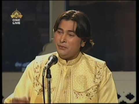 Dil Main Toofan Chupaye Baitha Hoon