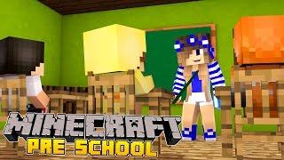 Minecraft-Kindergarten-LITTLE CARLY GETS A NEW JOB!!!