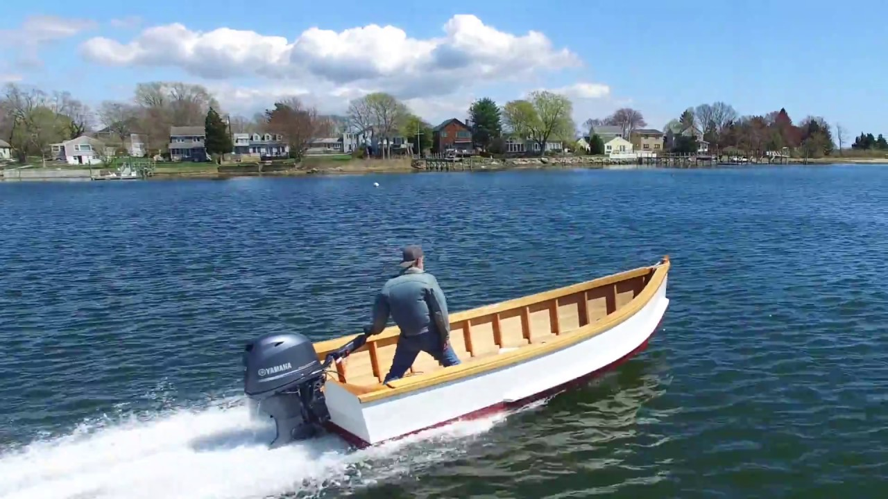 Building the TotalBoat work skiff - I love it when a sk... | Doovi
