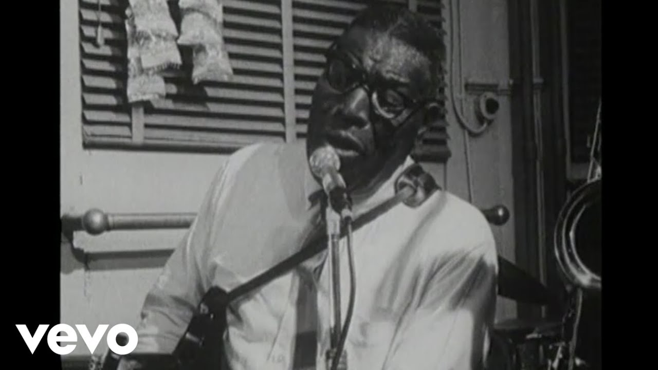 howlin-wolf-down-in-the-bottom-live-howlinwolfvevo