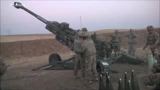 イラク治安部隊の支援の為最前線基地から砲撃支援