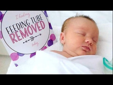 Why This Mom Started Making Custom Milestone Cards For Premature Babies