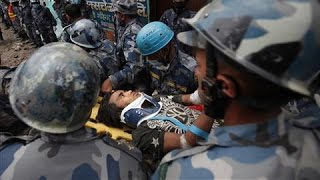 teen-found-5-days-after-nepal-earthquake-video