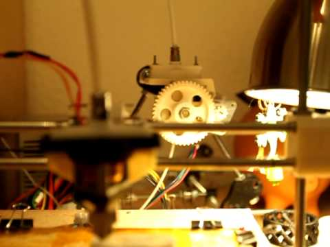 Printing with stich bownden extruder