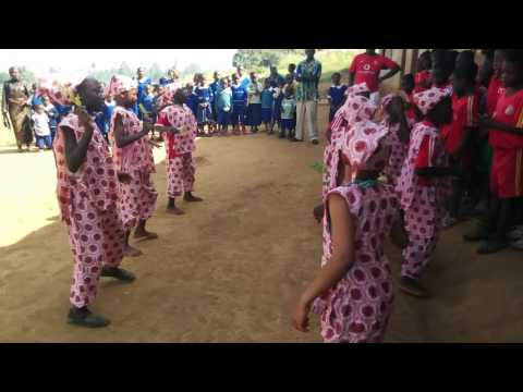 Welcoming traditional dance by Bamendankwe school children