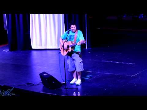 Jonny Pineda Performs At Chapel