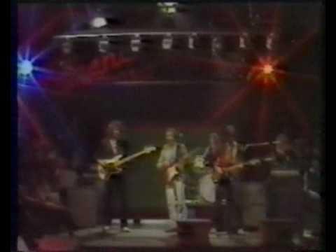 Dire Straits - Water of love [Scene TV -79]