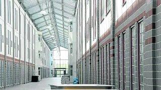 Modernstes Gefängnis der Welt - Hightech Knast Doku 2015 *HD*