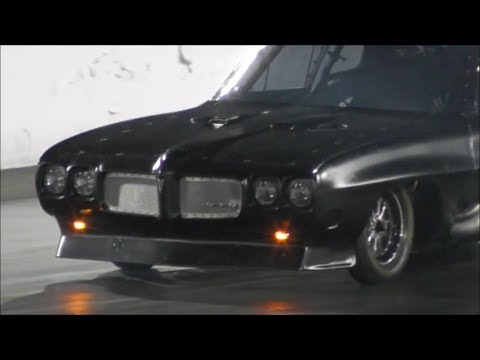 Street outlaws Big Chief vs Kye Kelley Shocker at Bristol 100k race