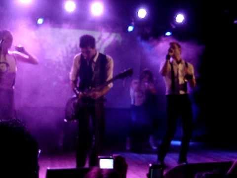 immanuel-casto-io-la-do-versione-rock-live-circolo-degli-artisti-rm-22-10-2010-fedellow