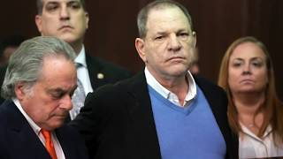 Harvey Weinstein charged with rape, free on US$1 million bail thumbnail