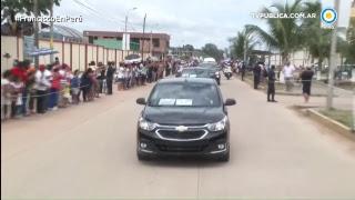 [VIVO] Francisco llega al aeropuerto de Puerto Maldonado thumbnail