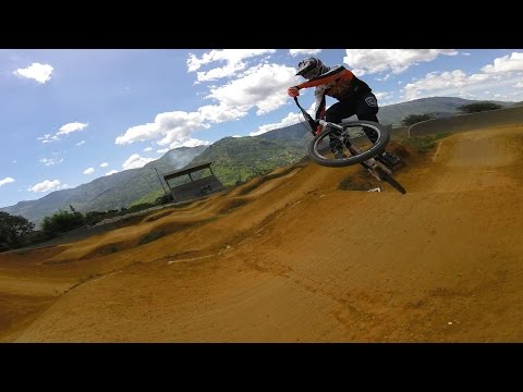 RIDING BMX BIKES WITH FRIENDS IN COLOMBIA - COL2