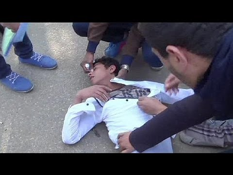Egyptian students clash with security forces outside Cairo's campus - no comment