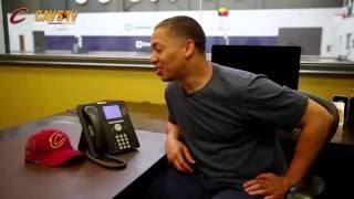 President Barak Obama calls Tyronn Lue to congratulate him on 2016 NBA Championship