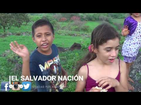 Dia de pan y cafe en El campo de El Salvador parte 4