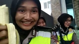 Video BRIGPOL DEWI yang Sempat Viral
