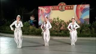 東華三院李嘉誠中學現場跳《月狐呤 青蛇與白蛇》舞!