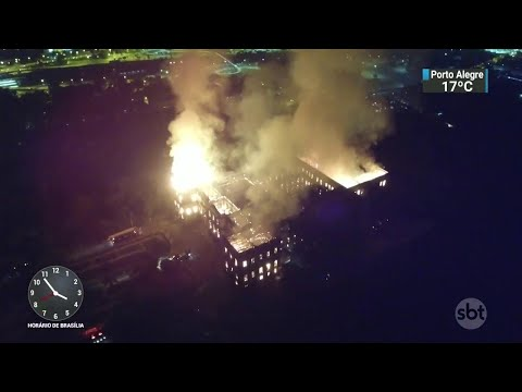 Incêndio destrói o Museu Nacional, no Rio de Janeiro | SBT Notícias (03/09/18)