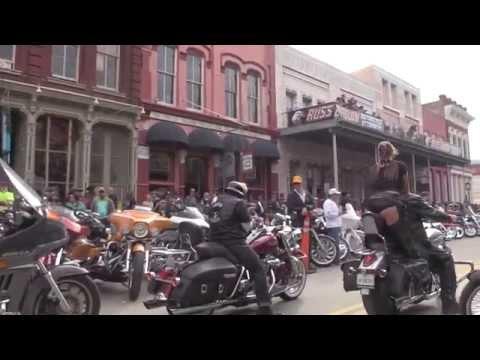 Galveston -Lone Star Motorcycle Rally-Wild! Crazy Girls! Mp3