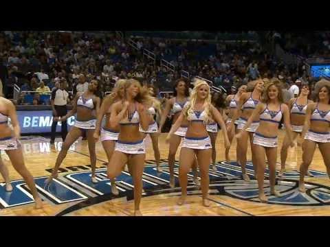 best ever basketball girls dance(so sexy)