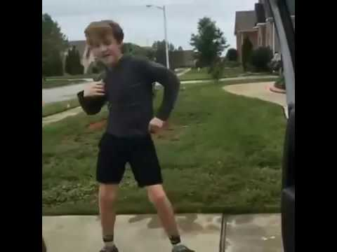 Boy dance Juju on dat Beat