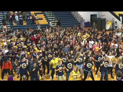 "Stony Point High School's ""Booty Drop""9/15/17"