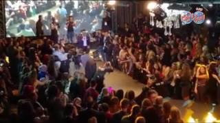 بالفيديو| تامر حسني يطلب «حراسات التأمين» بمغادرة مسرح مهرجان «قفطان نورتي» | بوابه اخبار اليوم الإلكترونية