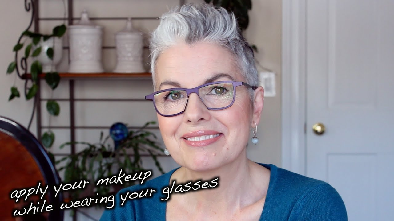 2019 year lifestyle- How to mascara apply while wearing glasses
