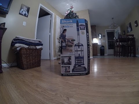 Unboxing and Assembly! Shark Navigator Lift Away Deluxe Vaccum