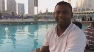 Dubai com Guia no jogo de tênis