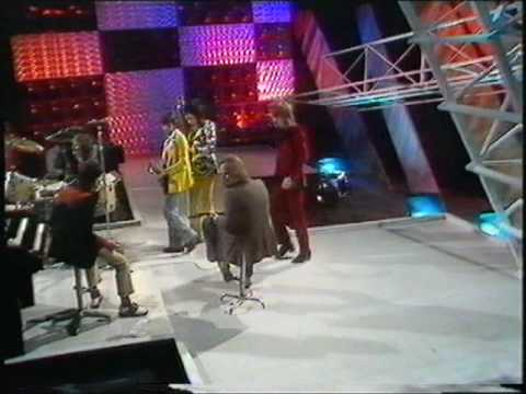 Rod Stewart and The Faces- Maggie May- TOTP 1971 (FULL VERSION) - YouTube
