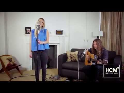 Stina Joza - Keep On Walking (Gabrielle Aplin cover) mp3