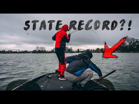 DID WE JUST HOOK A STATE RECORD?!! - Moses Lake